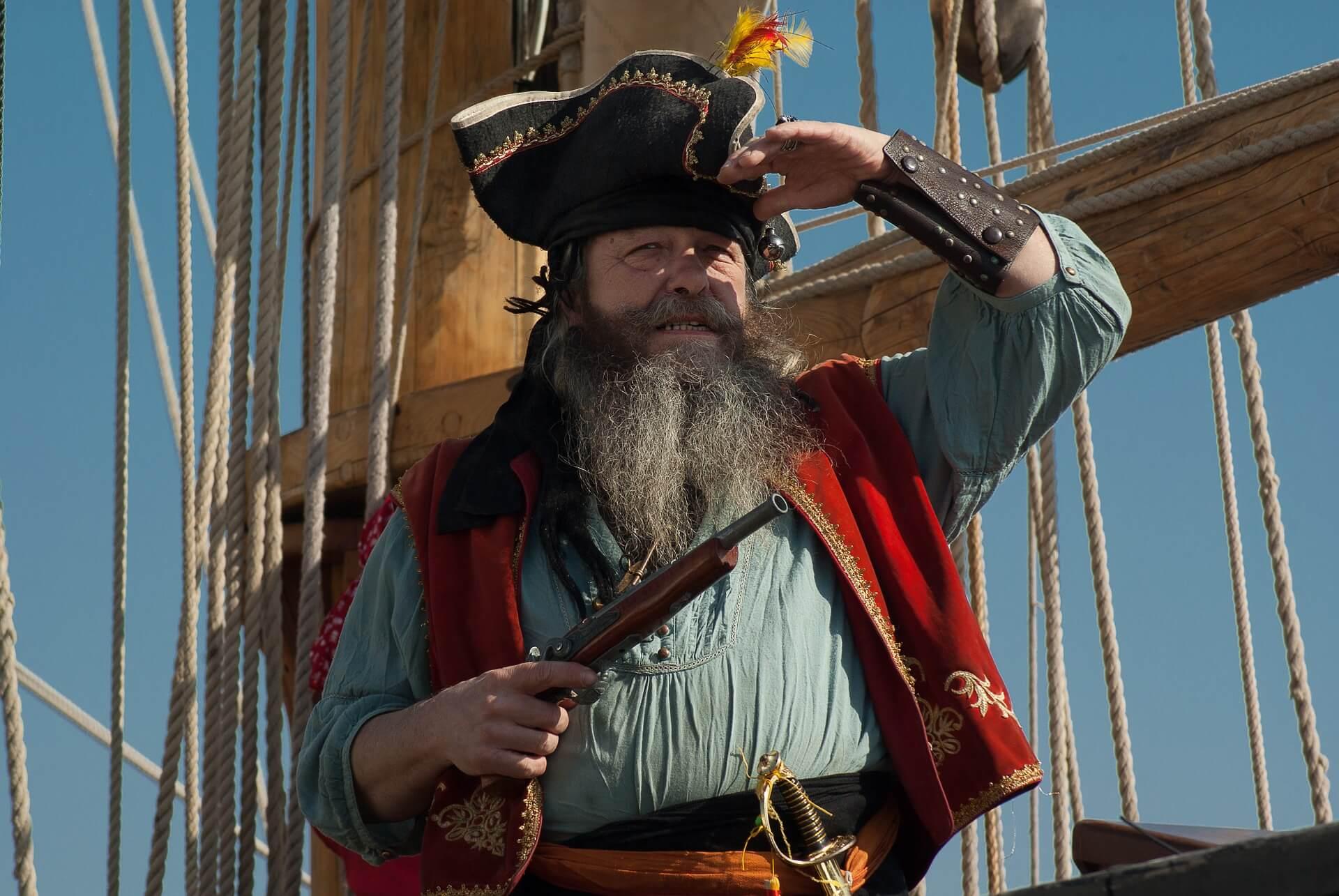 sailboat royal conquest talk like pirate